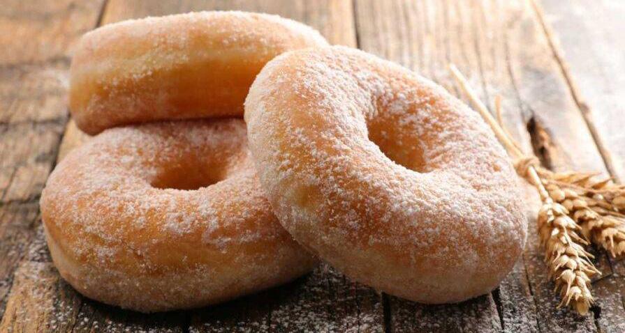 Donuts light, le ciambelline soffici che si cuociono al forno. Solo 90 Kcal!