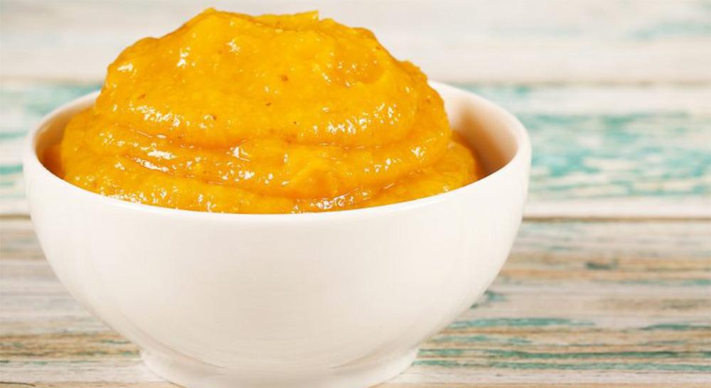 Arancia e latte di mandorle, la crema light al cucchiaio e per farcire dolci. Solo 105 Kcal!
