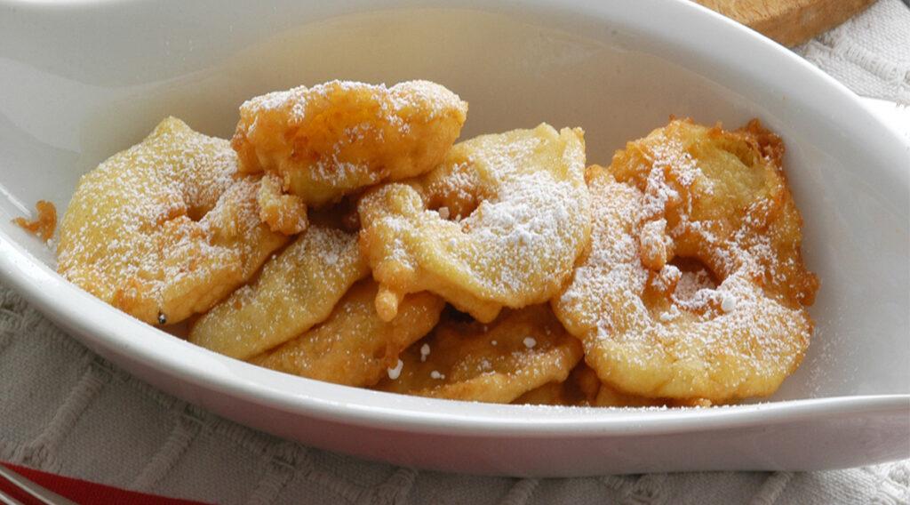 Le ciambelle di mele light senza burro e zucchero al forno. Meno di 50 Kcal!