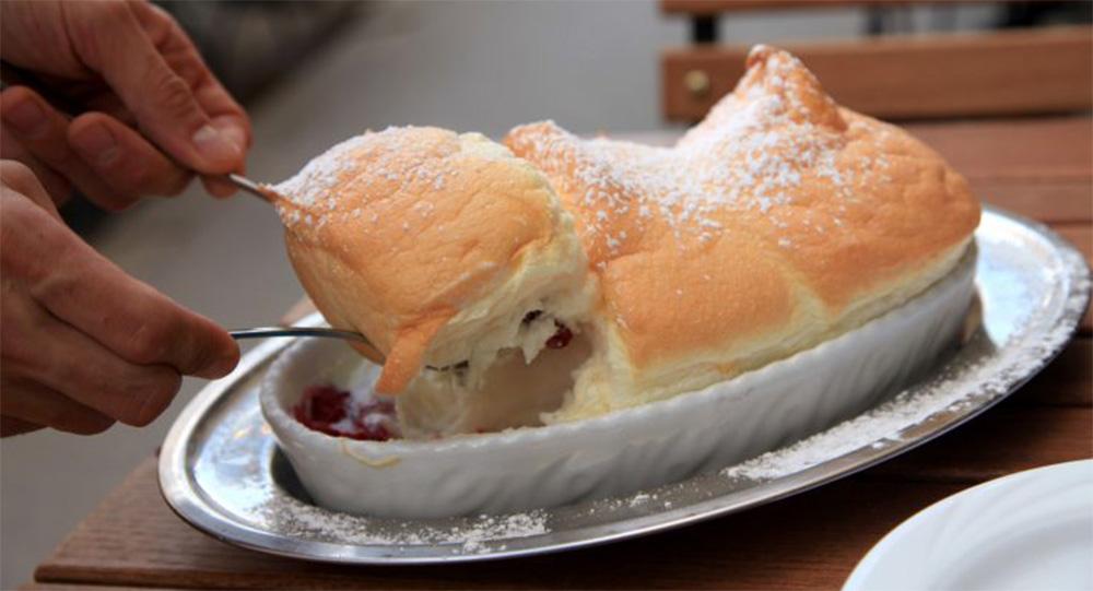 Salzburger Nockerln, la torta Austriaca solo con albumi sofficissima. Solo 105 Kcal!