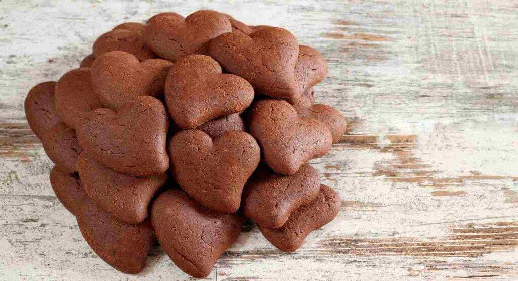 Cuoricini di frolla al cacao light, come non li avete mai provati. Solo 55 Kcal!