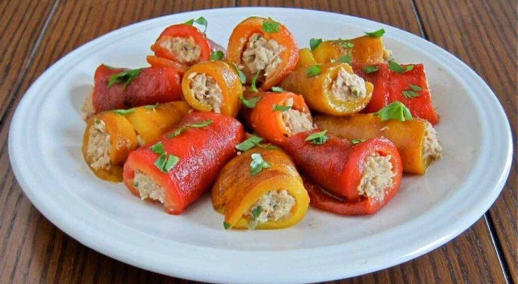 Involtini di peperoni al forno, per una cena super light. Solo 130 Kcal!