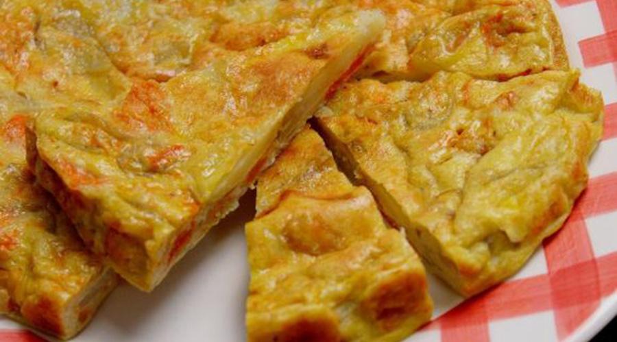 La frittata di zucca e patate al forno, un piatto da preparare a dieta. Solo 200 Kcal!