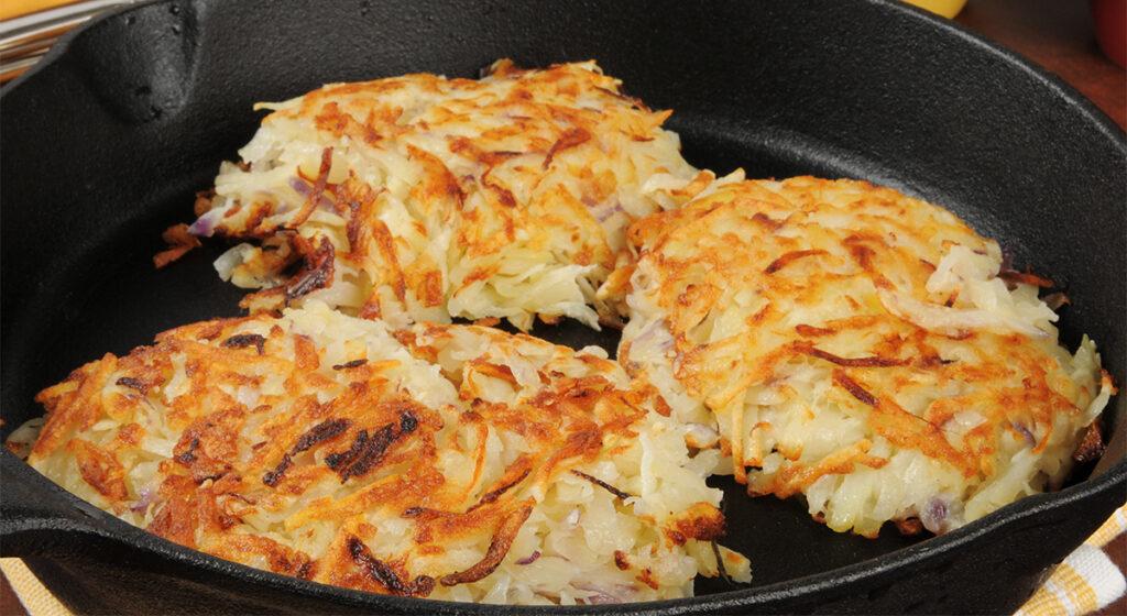 Pollo in crosta di patate, così delizioso che piacerà a tutti. Solo 460 calorie!