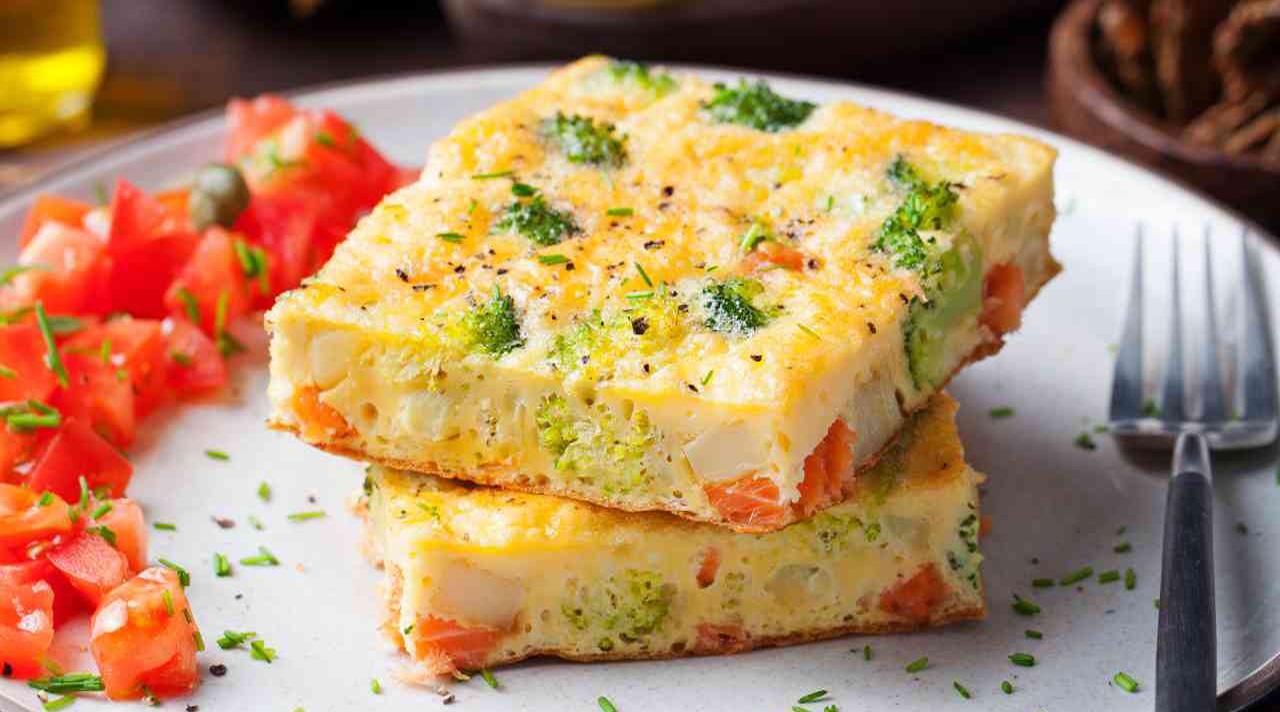 Frittata al forno con broccoli, ricotta e pomodorini
