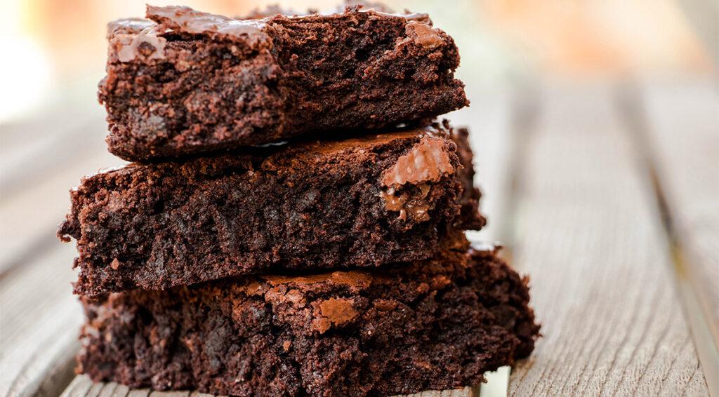 Brownies al cioccolato senza farina e burro, ottimo per chi è a dieta. Solo 70 Kcal!