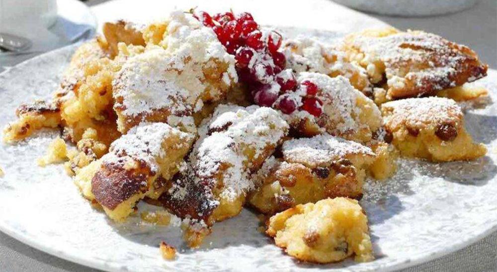 Frittelle di mele e uvetta super light, una ricetta che piacerà a tutti. Solo 60 Kcal!