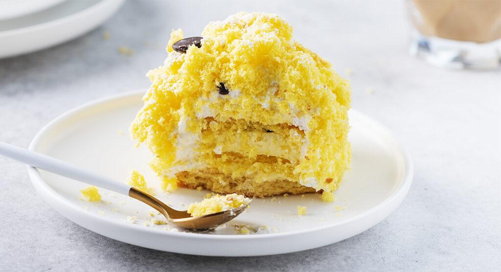 La torta mimosa vegana, ottima anche per chi è a dieta. Solo 190 Kcal!