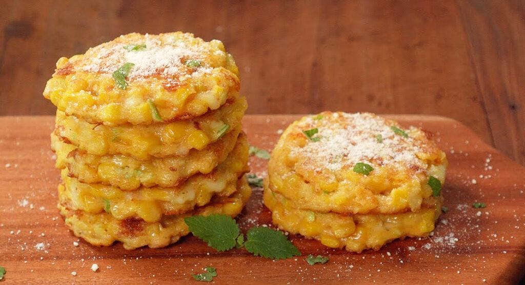 Frittelle di mais al formaggio, così deliziose che le farete sempre. Solo 55 Kcal!