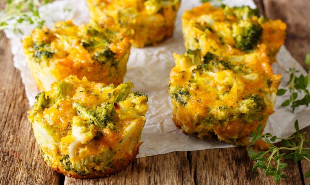 Muffin dietetici senza farina, una ricetta light velocissima da fare. Solo 80 Kcal!