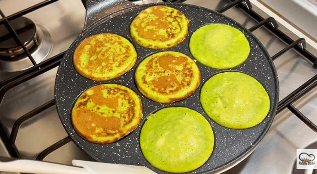 Hai 3 uova e delle zucchine? Fai questa ricetta veloce leggerissima. Solo 45 Kcal!