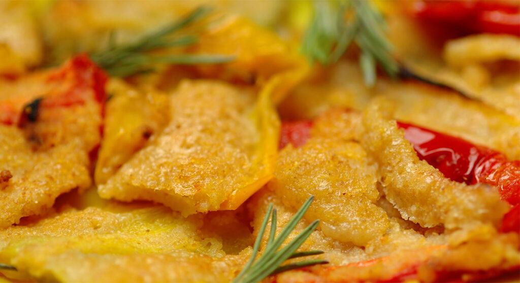 Peperoni gratinati al forno light, un contorno velocissimo e gustoso. Solo 110 Kcal!