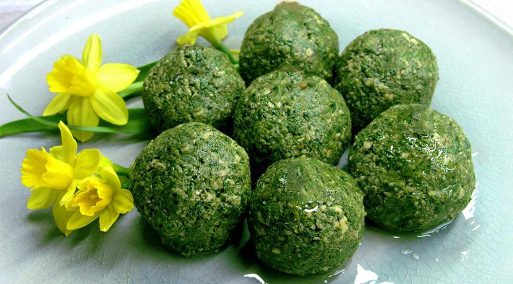 Avete gli spinaci? Fate queste deliziose polpette light, le mangeranno tutti. Solo 60 Kcal!