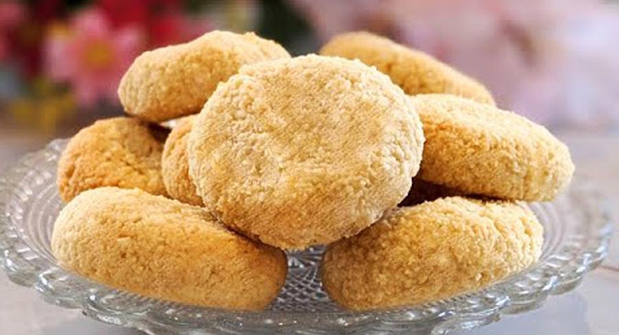 Biscotti 2 ingredienti SENZA farina, uova, burro e latte. Davvero deliziosi, hanno solo 60 Kcal!