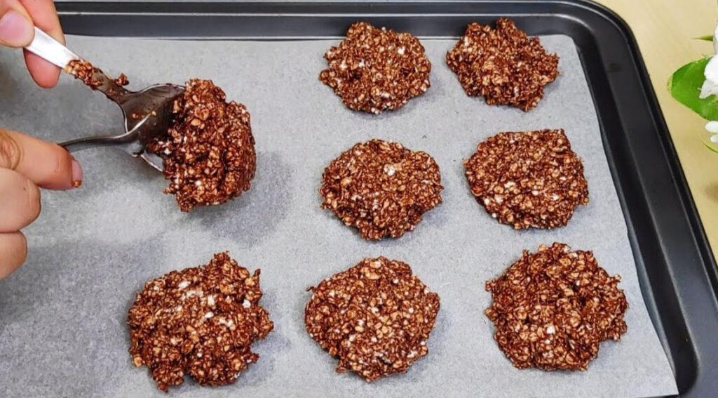 Biscottoni al cioccolato SENZA farina né cottura, ottimi per la dieta. Solo 80 Kcal!