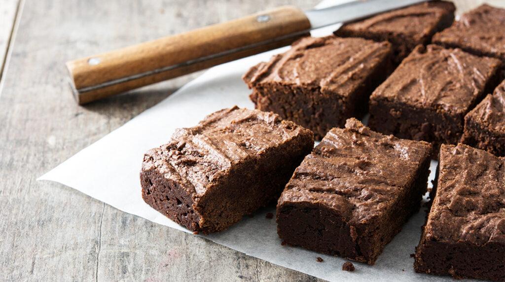 Brownies 2 ingredienti SENZA farina, burro, olio, uova e latte. Solo 140 Kcal!