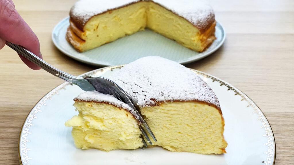 Una torta allo yogurt LIGHT così cremosa non l'hai mai provata. Ha solo 95 Kcal!