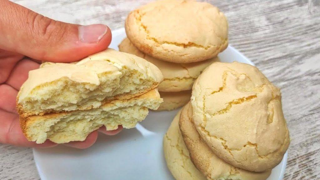 Biscotti light 3 ingredienti senza grassi, perfetti a colazione da pucciare nel latte