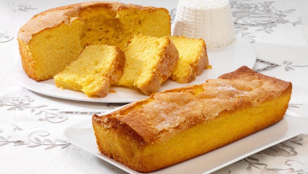 Il plumcake del risveglio, ottimo da inzuppare nel latte a colazione. Solo 160 Kcal!