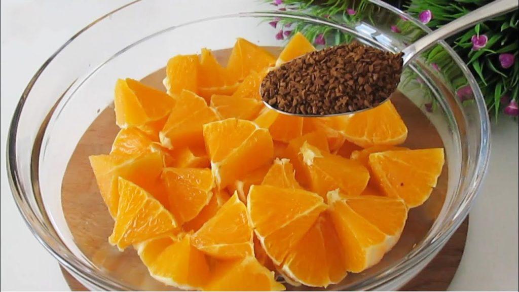 Hai 3 arance e del caffè solubile? Prepara questo dolce, resterai a bocca aperta. Solo 190 Kcal!
