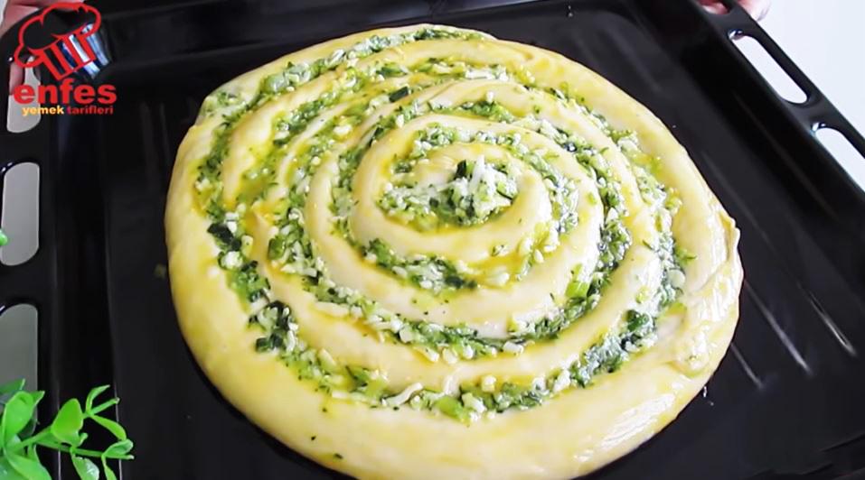 La torta di zucchine salata, una ricetta gustosa e sfiziosa che piacerà a tutti.