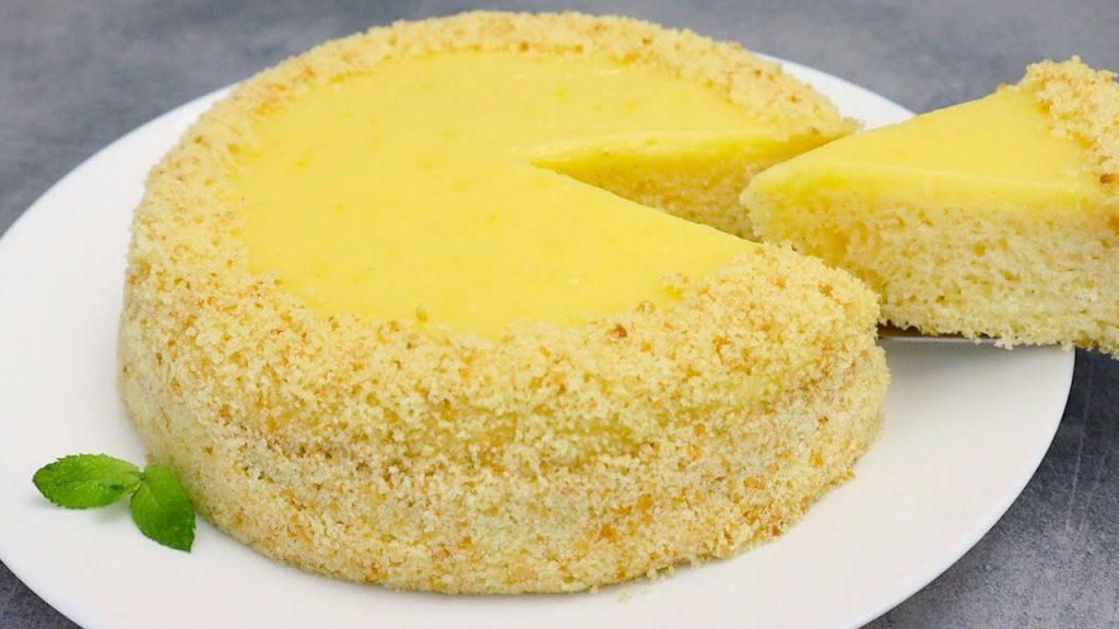 La torta al limone semifredda, cremosa e soffice da sciogliersi in bocca. Solo 180 Kcal!