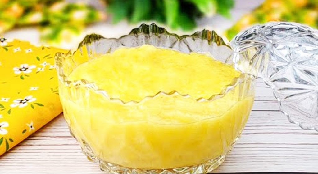 La crema fredda all'ananas, il dolce al cucchiaio light pronto in 10 minuti. Solo 120 Kcal!