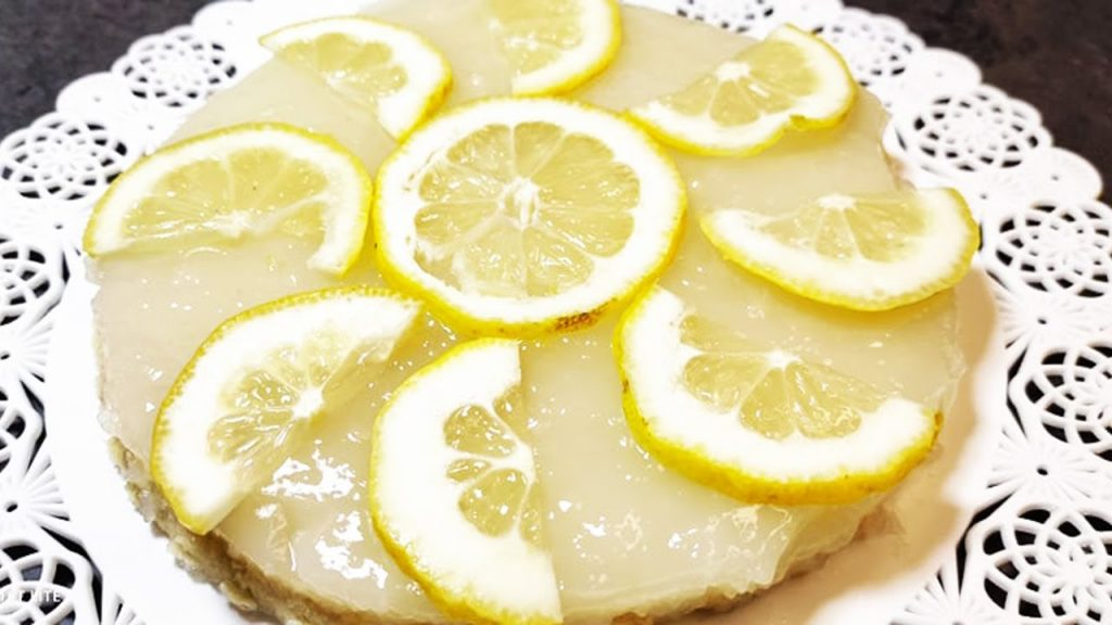 La crostata fredda al limone di 150 Kcal, con pasta frolla senza burro e uova