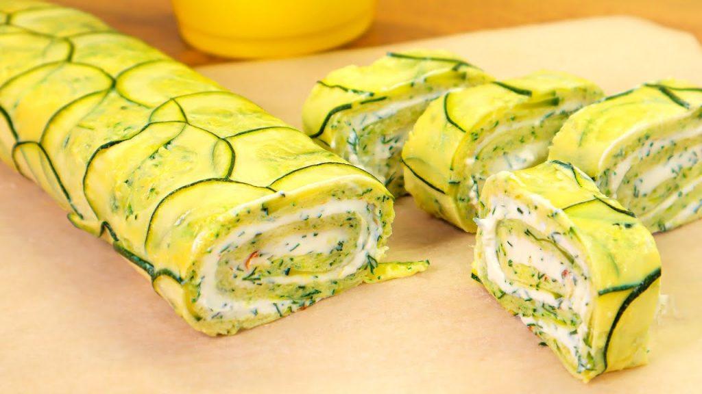 Il rotolo di zucchine con poche calorie, così morbido che si scioglie in bocca. Solo 150 Kcal!