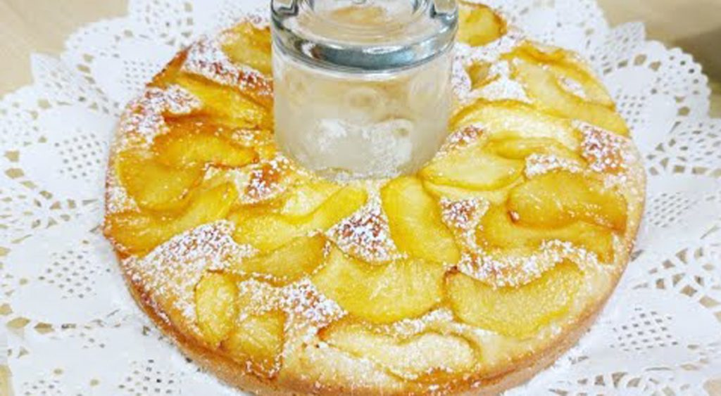 Farai questa torta di mele ogni settimana, buona e con poche calorie. Solo 180 Kcal!