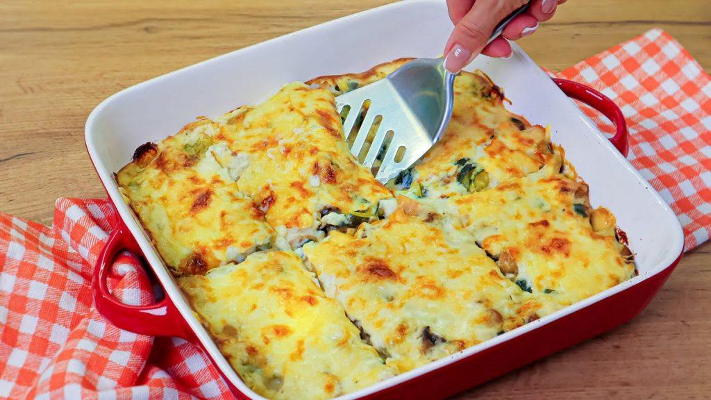 Zucchine e funghi in teglia, avete mai provato qualcosa di più buono? Solo 180 Kcal!