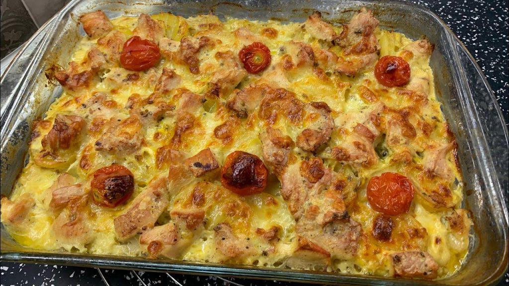 Prepara così il pollo e aggiungi le patate, sarà delizioso ma anche dietetico. Solo 230 Kcal!