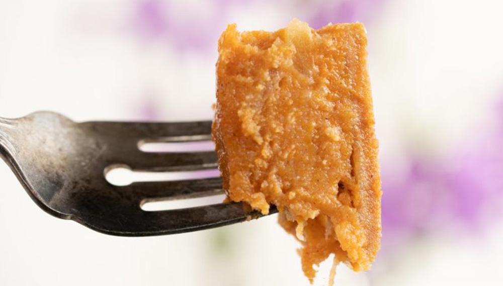 La torta dolce di patate, l'avete mai provata? Super dietetica e senza farina, ha solo 95 Kcal!