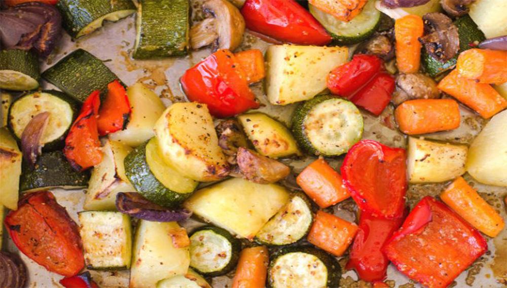 Le verdure al forno light in 5 minuti, più buone di quelle fritte. Solo 170 Kcal!