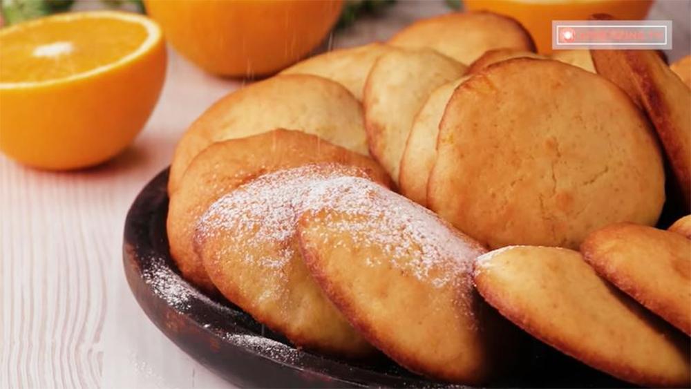 Biscotti all'arancia e yogurt, senza burro e con pochissimi grassi. Solo 60 Kcal!