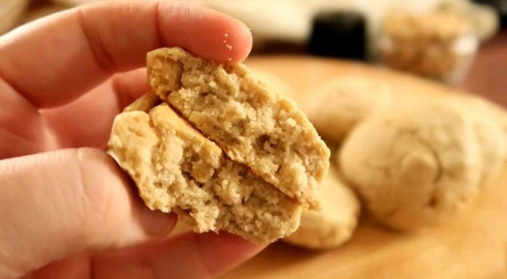 Biscotti senza glutine per chi è intollerante, facilissimi e veloci da fare. Solo 75 Kcal!