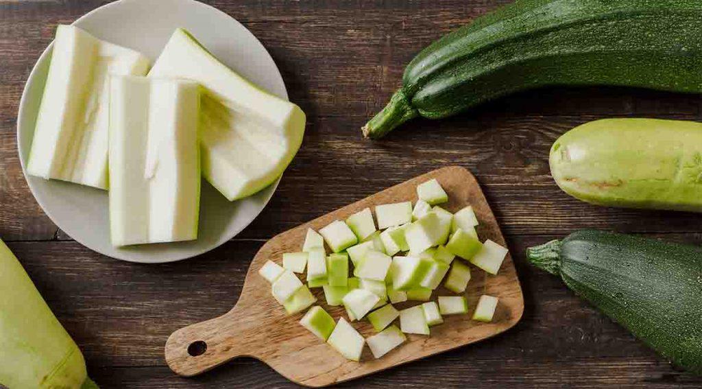 Troppe zucchine? Ecco 2 trucchi per conservarle fino a 6-8 mesi e mangiarle tutto l'anno!