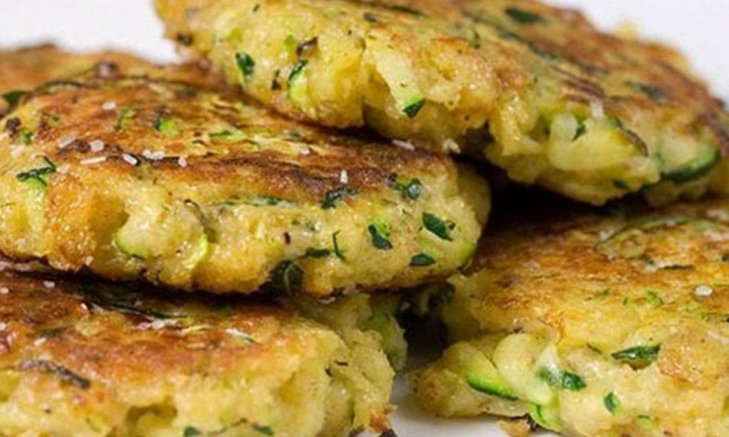 Hamburger di zucchine senza carne, la ricetta veloce e dietetica con sole 105 Kcal!