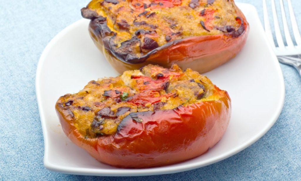 Peperoni ripieni? Si, col tonno e ricotta, una ricetta dietetica deliziosa. Solo 240 Kcal!