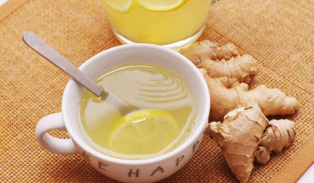 Acqua, zenzero e limone: contro la pancia gonfia, abbassa la glicemia e il colesterolo