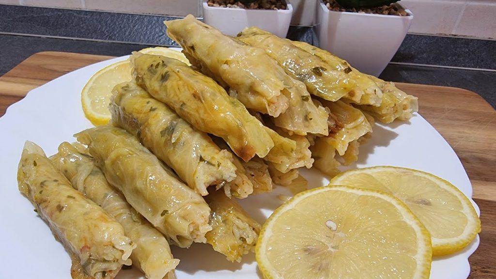 Involtini di cavolo ripieni, la ricetta turca che farete sempre, uno tira l'altro. Solo 70 Kcal!