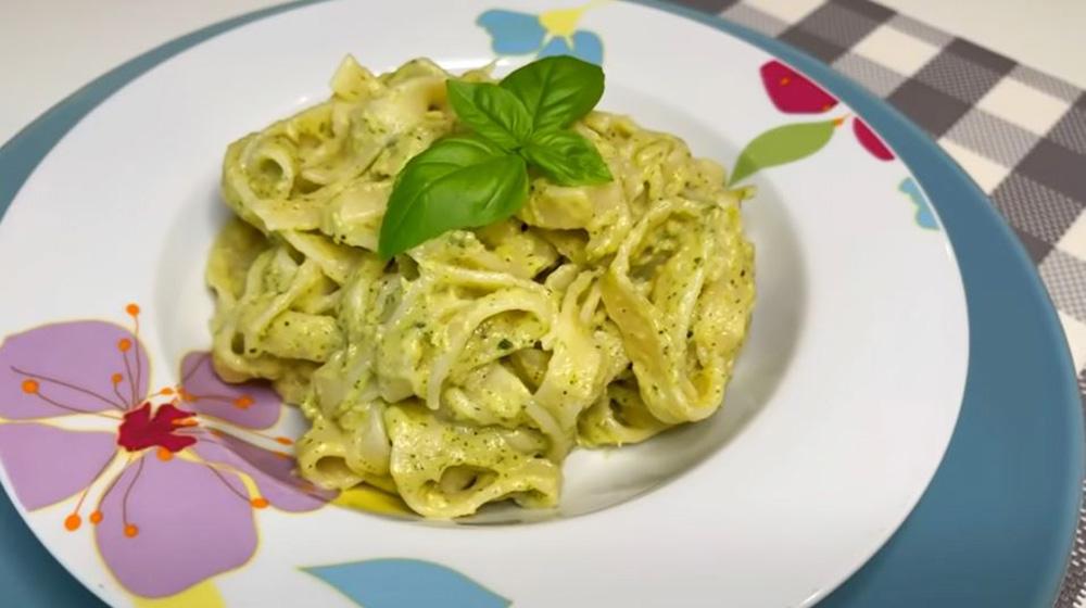 La crema di tonno e zucchine, puoi condire la pasta e quello che vuoi. Solo 140 Kcal!