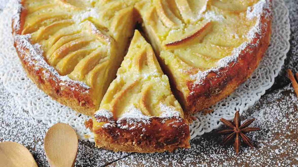 La torta 3 mele soffice e dietetica che sta spopolando sul web. Solo 190 Kcal!